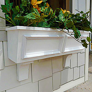 tapered window box with paneling